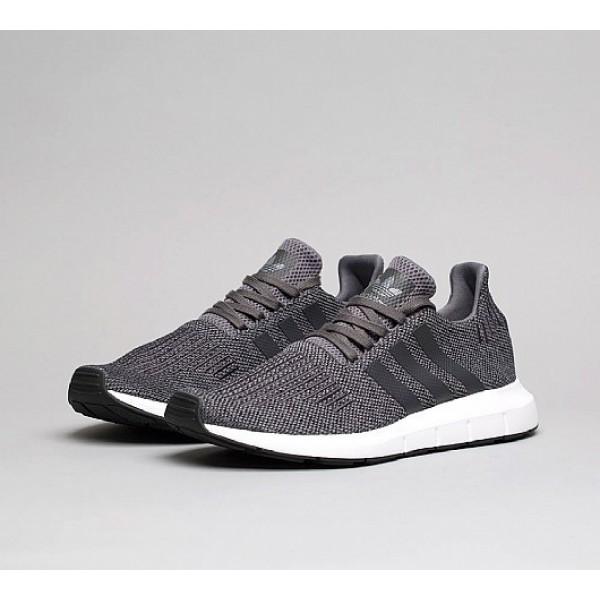 Neue Adidas Swift Herren Schwarz Laufschuhe Online